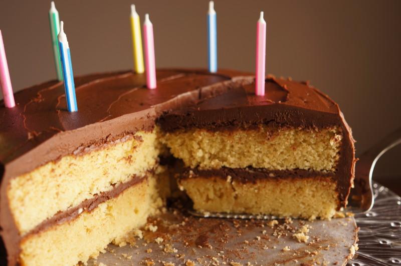 classic-yellow-cake-gluten-free