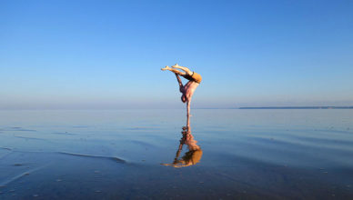 Handstand_on_Water